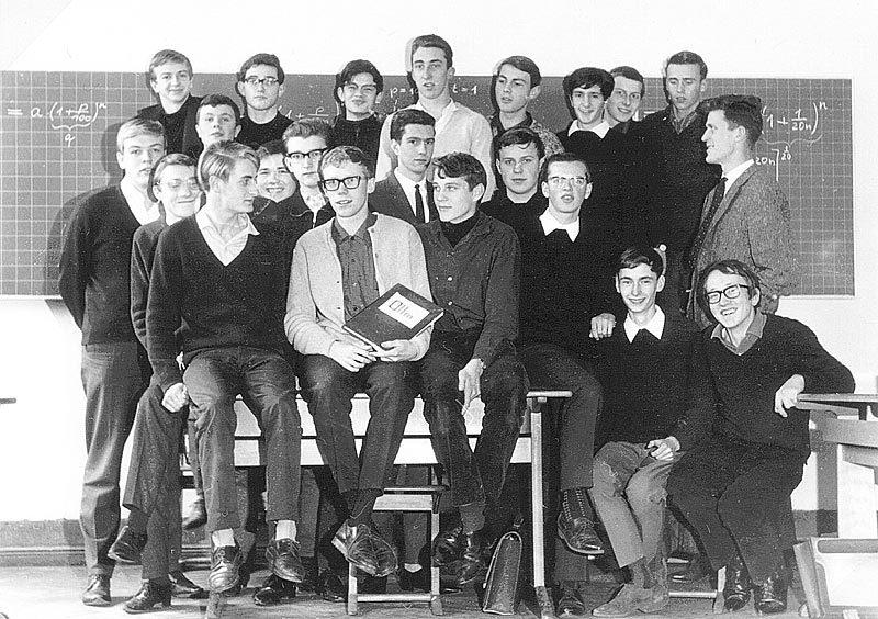 Klassenfoto der O II m der MLS von 1964.